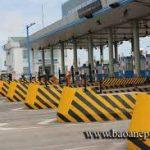 Thi Cong Duong Ke Chi Vang Giao Thong