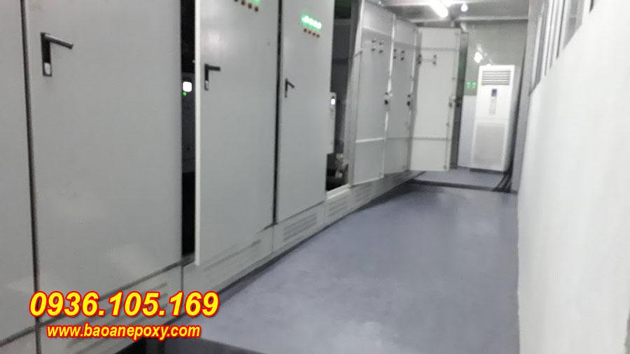 Phòng thiết bị điện sạch sẽ tuyệt đối không bụi bẩn sau khi sơn epoxy